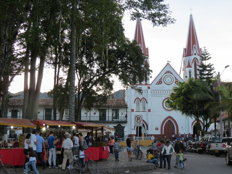 Feria Artesanal en La Ceja del Tambo