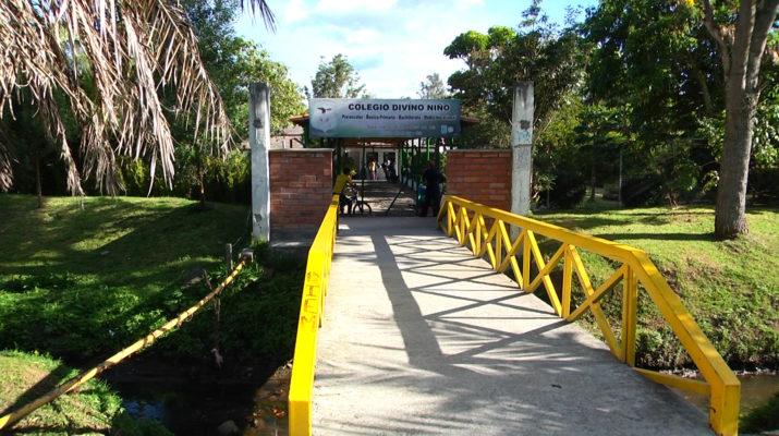 Colegio-Divino-Niño-715x400