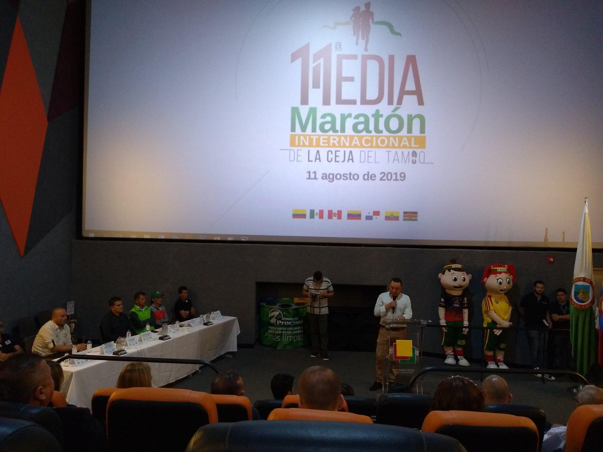 Inauguracion Media Maraton Ceja